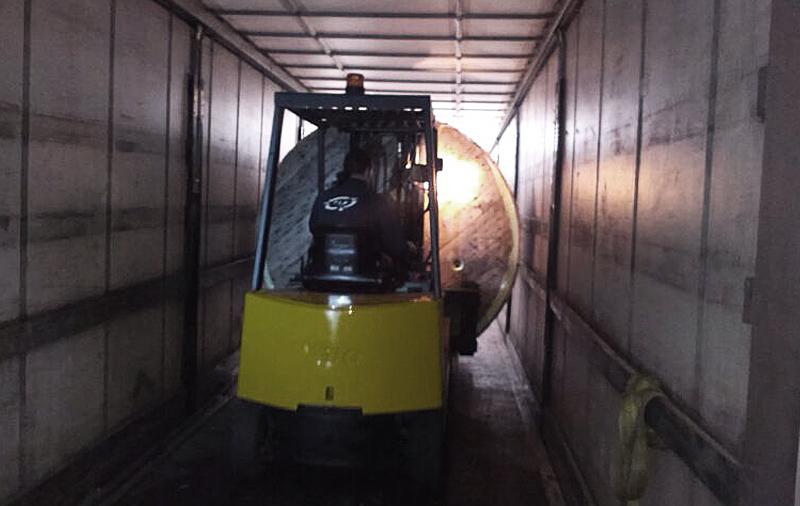 Descarga de camiones en nuestro almacén
