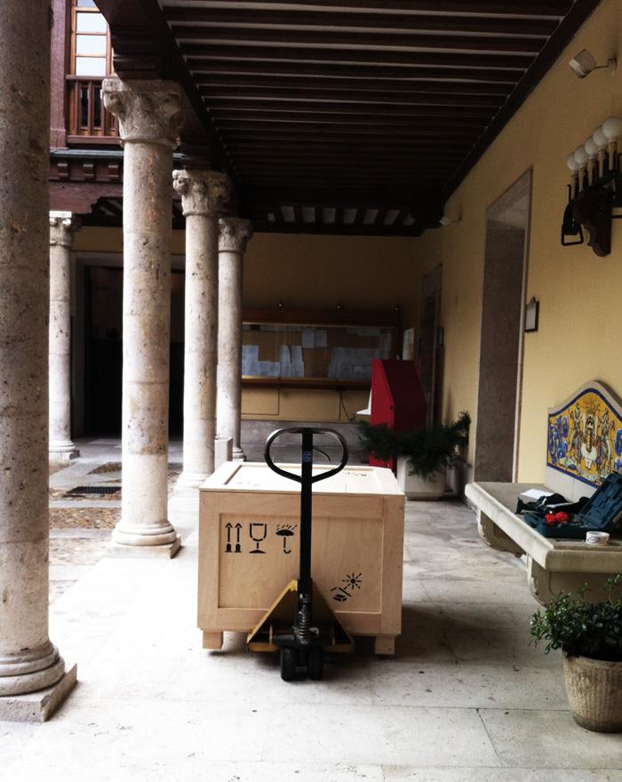 Embalajes de madera para escultura / Pila Bautismal de 450kg