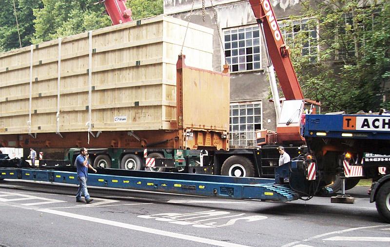 Transporte y manipulación de cargas sobredimensionadas