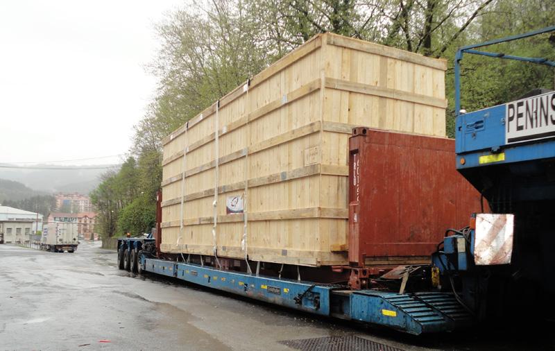 Transporte de carga sobredimensionada (ancho y alto)